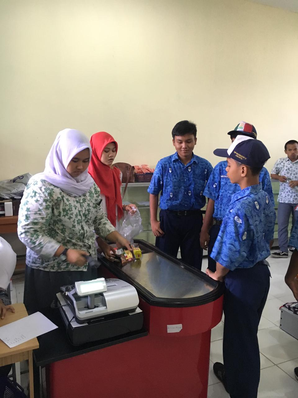 MUH4 Mart SMK Muhammadiyah 4 Jakarta