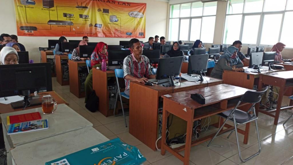 Pelaksanaan E Learning Smk Muhammadiyah 4 Smk Muhammadiyah 04