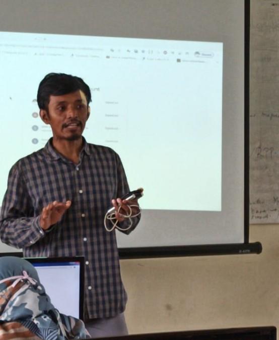 Pelaksanaan E-Learning SMK Muhammadiyah 4